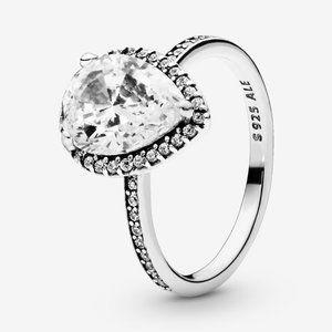 🍓Pandora Sparkling Teardrop Halo Ring